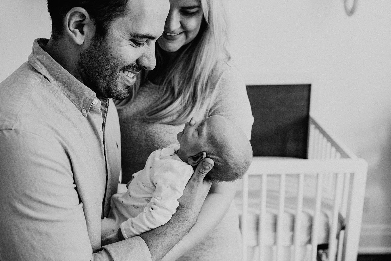 toronto-lifestyle-newborn-photographer-copperred-photography-baby-3.jpg