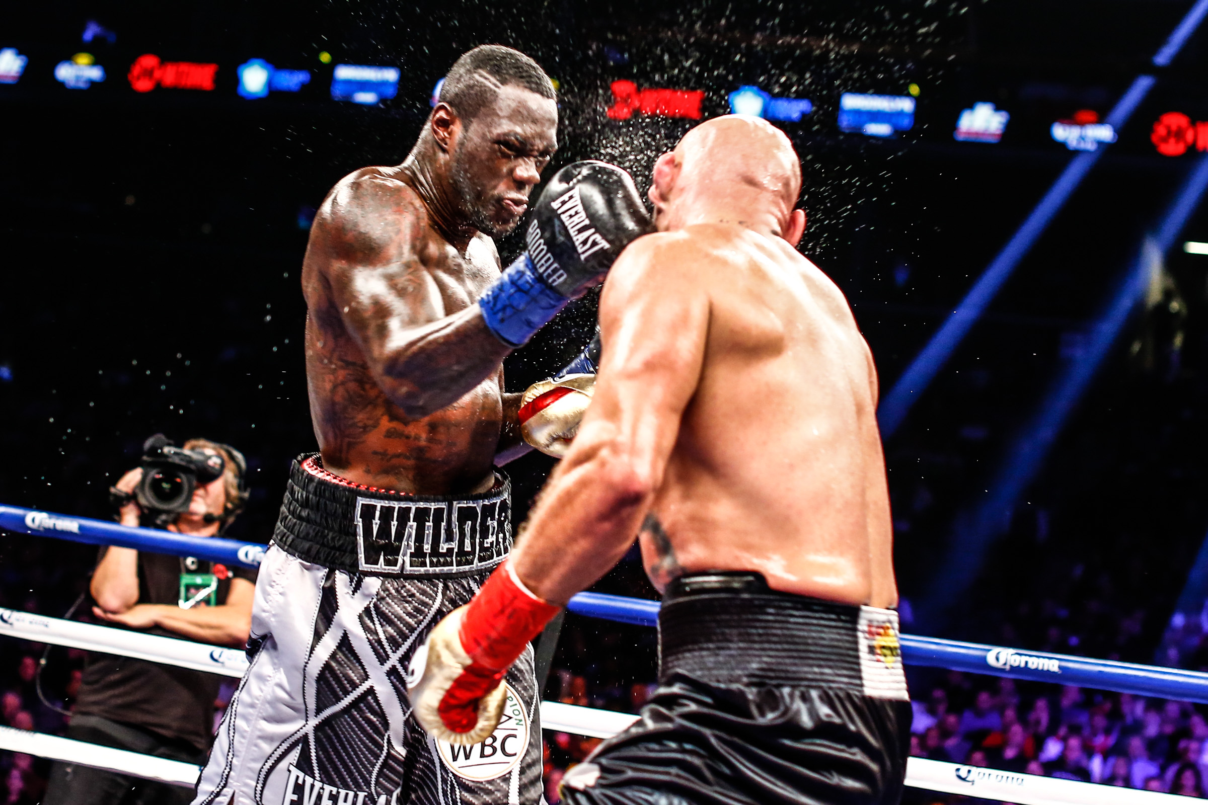 WILDER VS SZPILKA-FIGHT NIGHT-01162016-1021.jpg