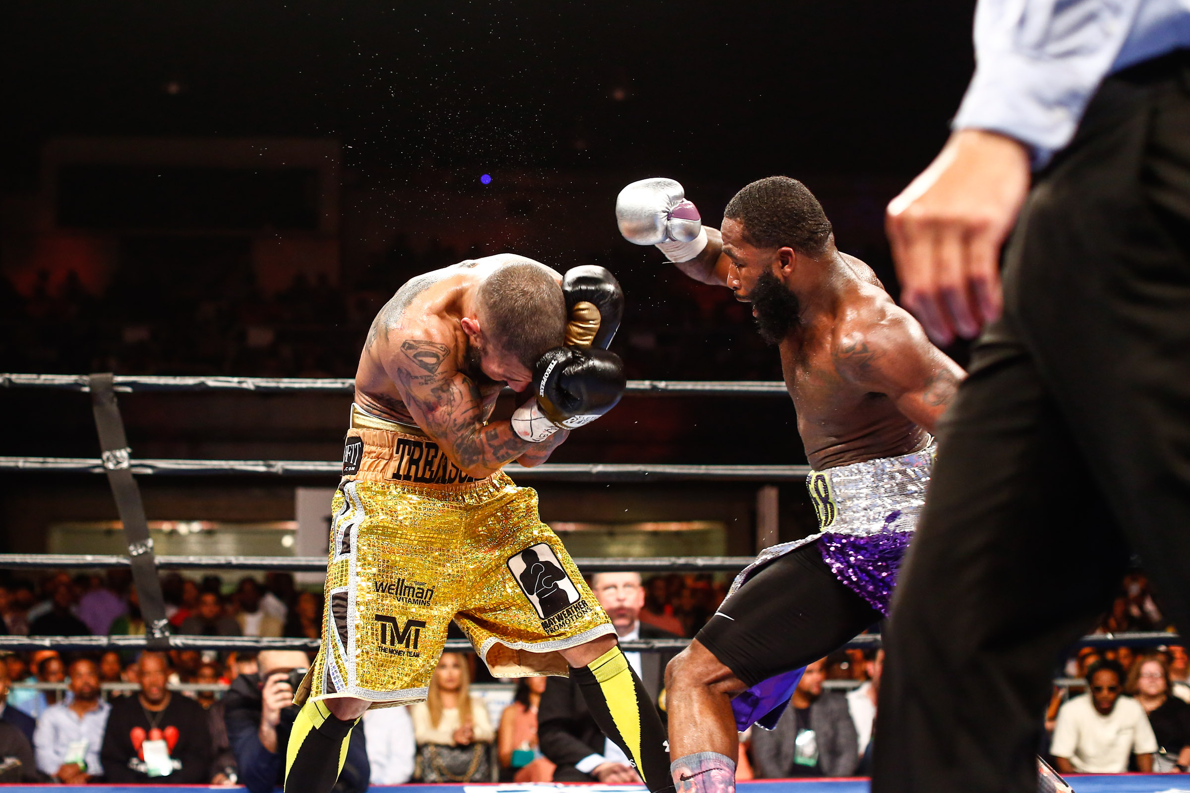 LR_FIGHT NIGHT-BRONER vs THEOPHANE-04012016-7809.jpg