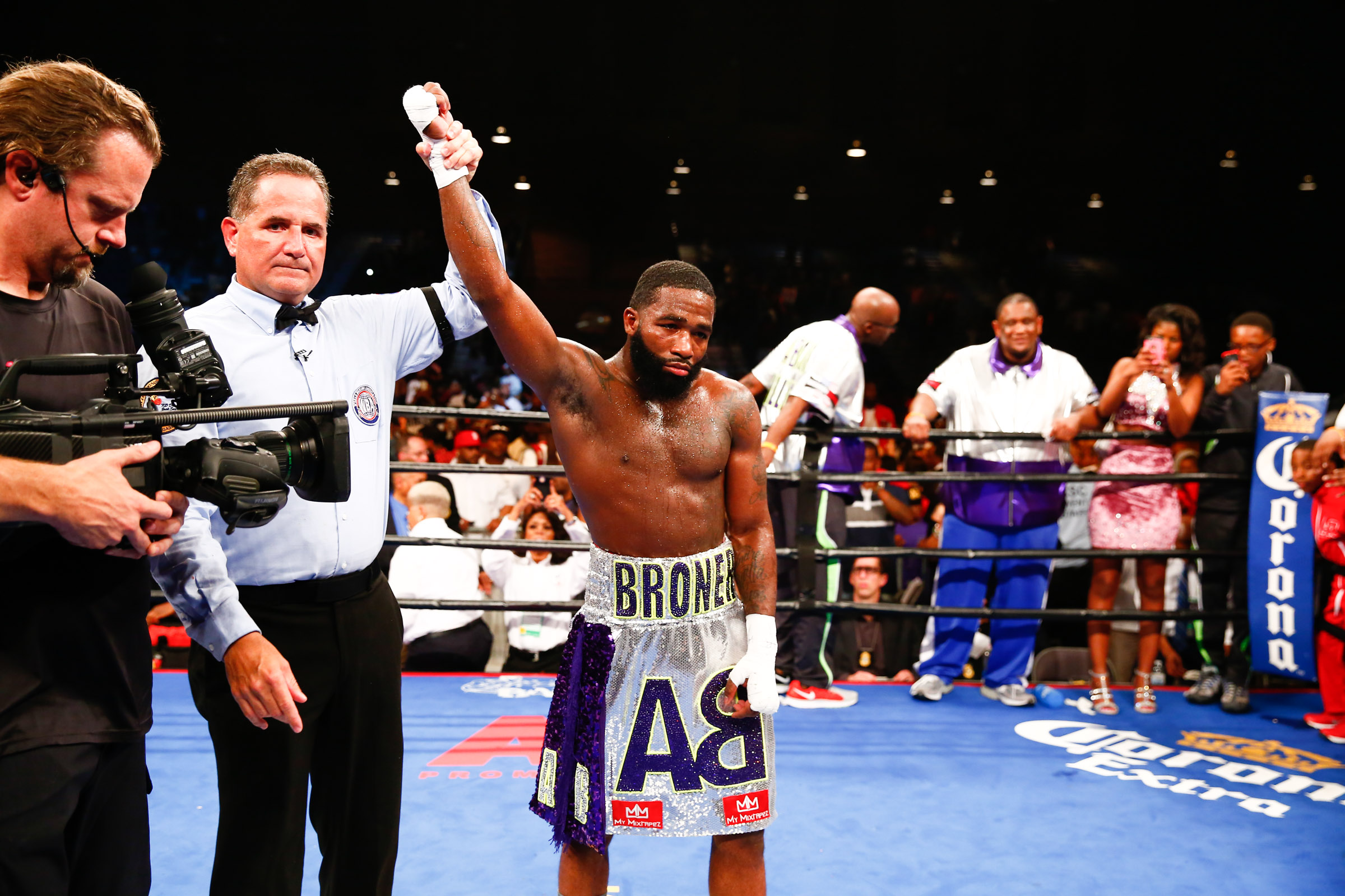 LR_FIGHT NIGHT-BRONER vs THEOPHANE-04012016-8752.jpg