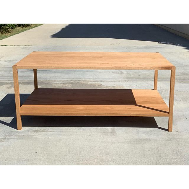 My first piece of indoor furniture. A red oak coffee table showcasing its unique grain structure at each corner. A gift for Ronin & Jessica.