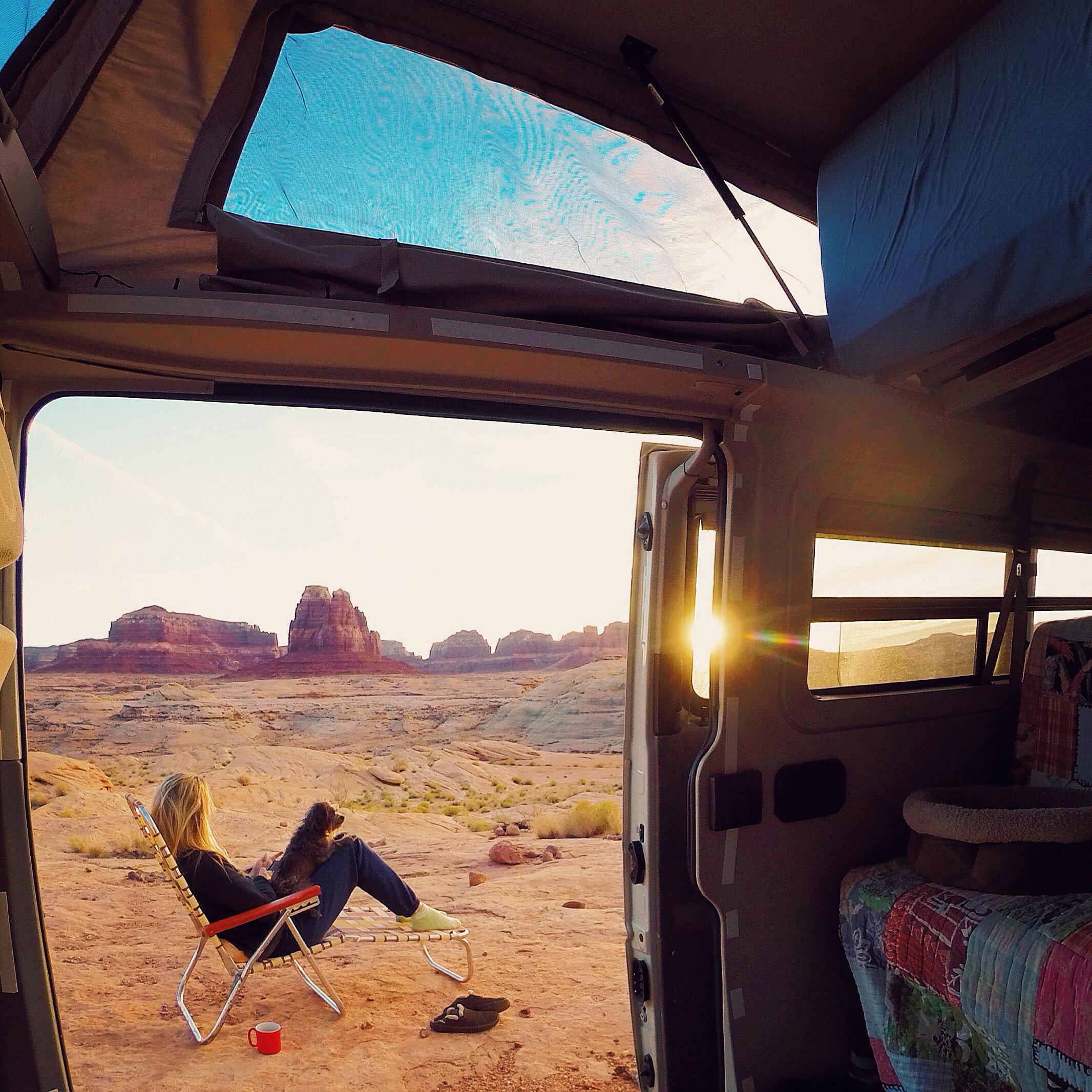 Original_AlisonTurner_travelingbyvan_LakePowell.jpg