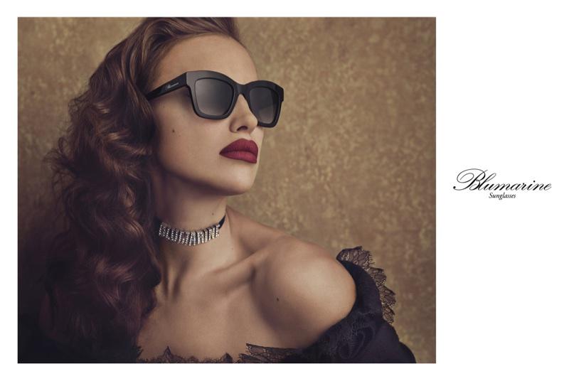 Irina-Shayk-Blumarine-Fall-2017-Campaign11.jpg