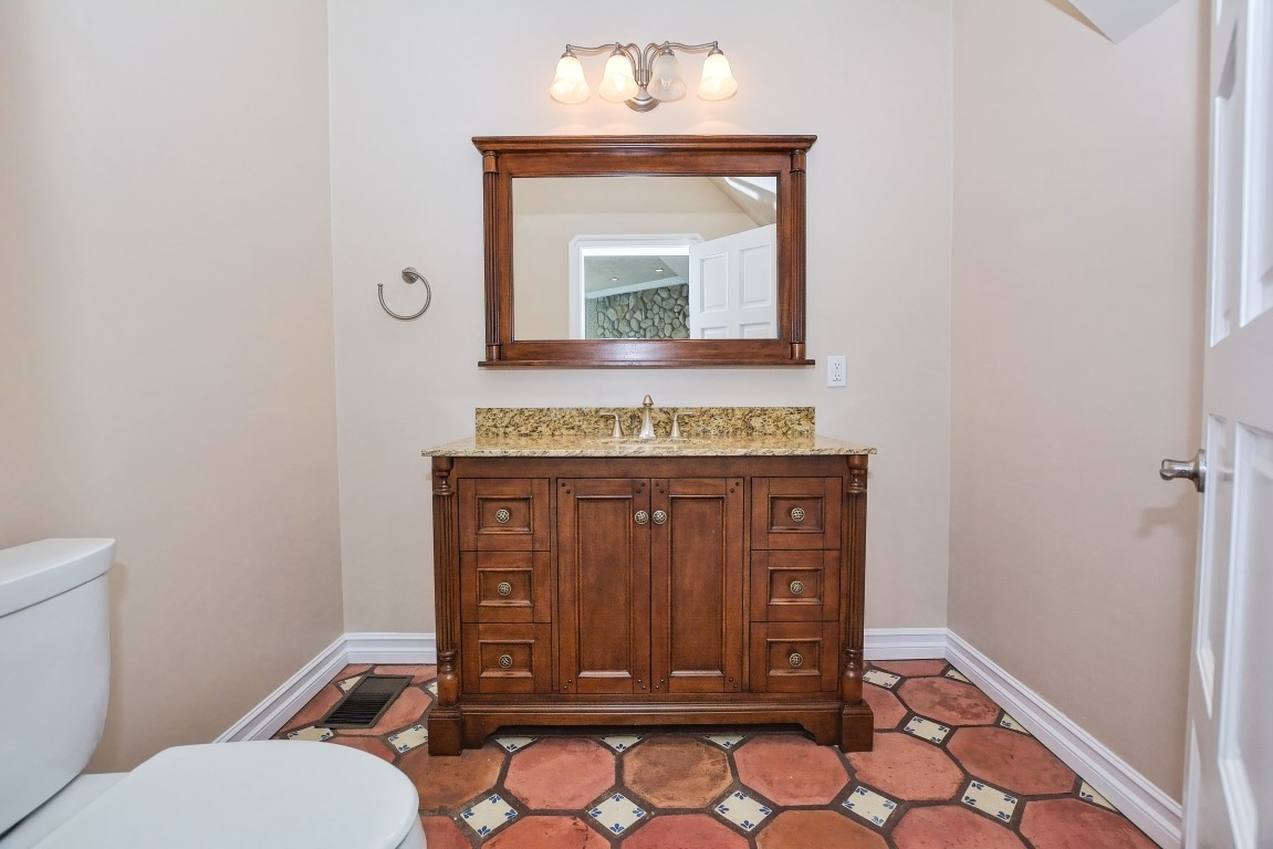 014_Powder Room (Medium).jpg