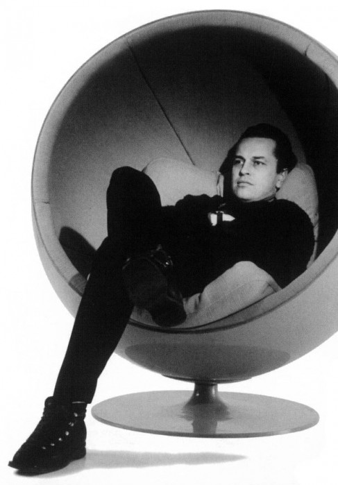 Eero Arnio's Ball Chair