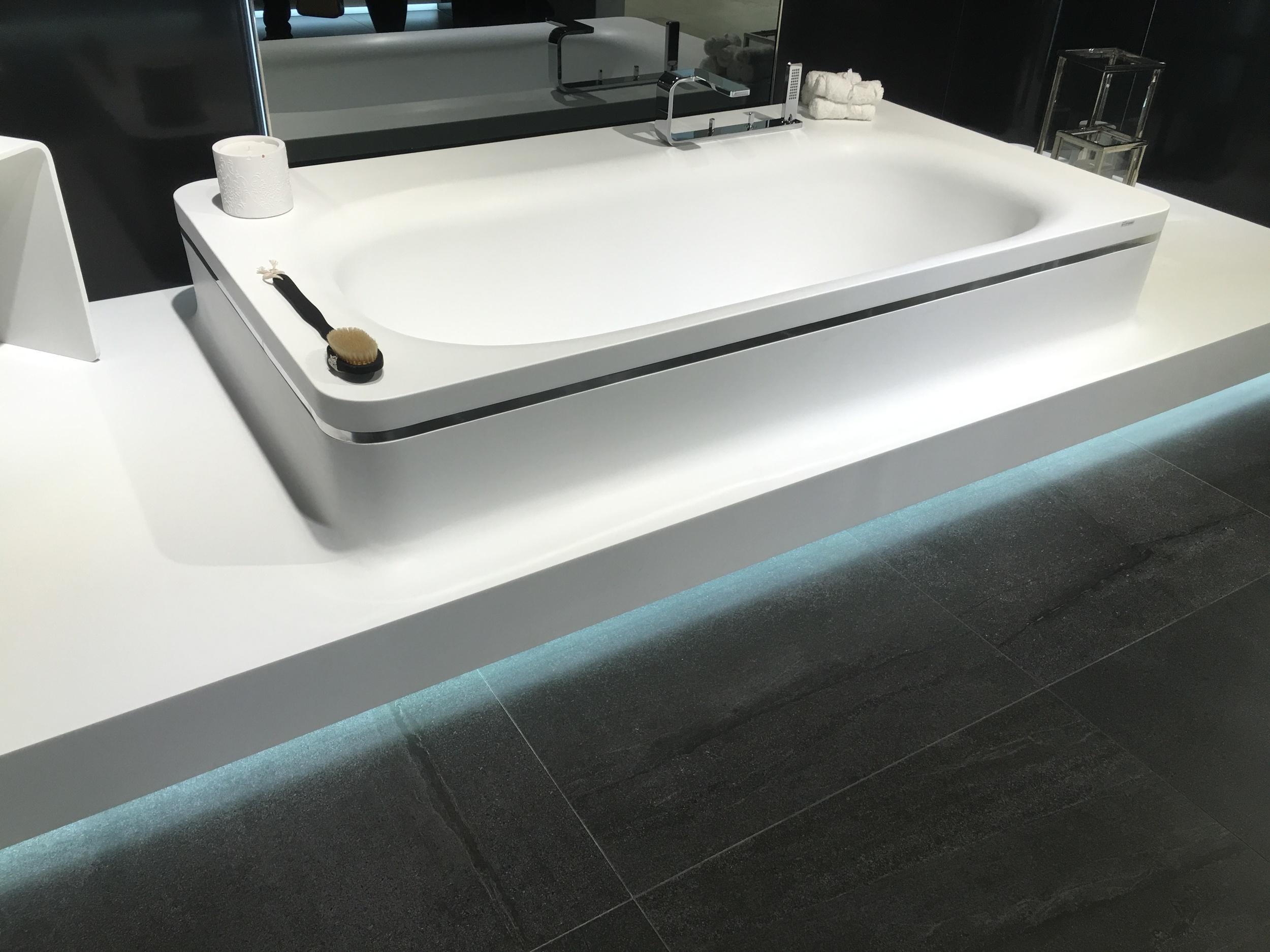 Krion bath