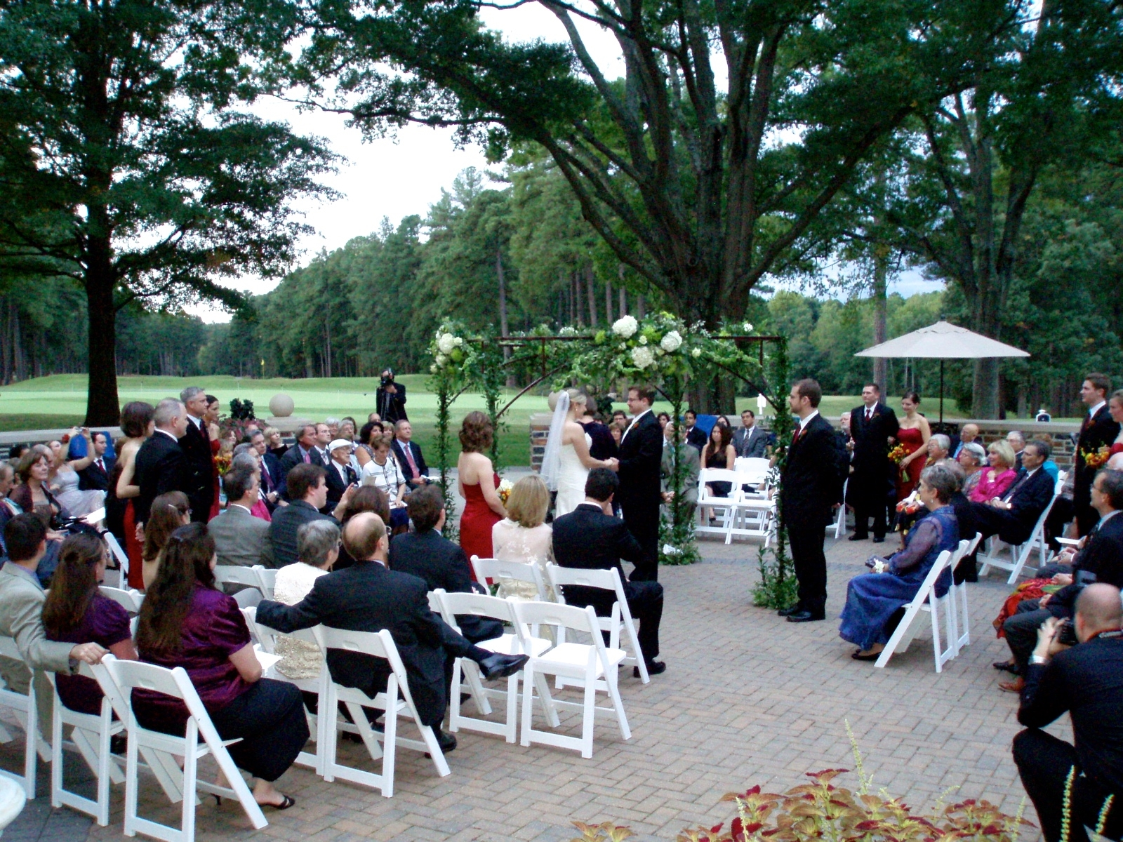 Interfaith wedding ceremony in-the-round at Washington-Duke Inn