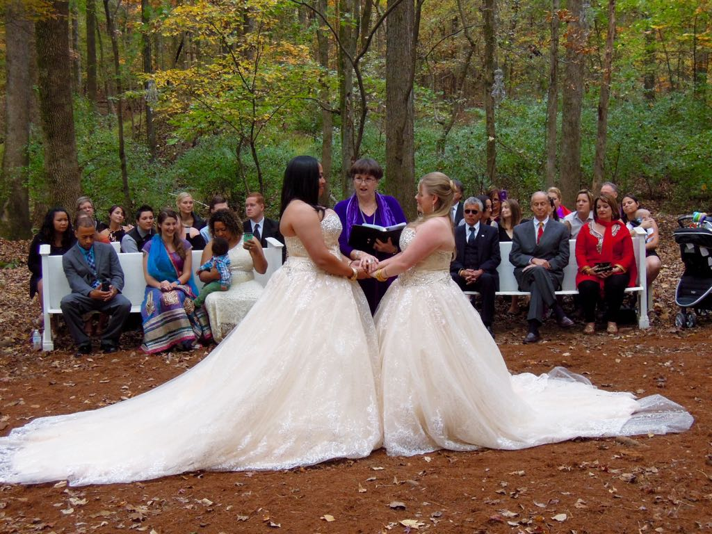 An enchanted wedding at Het Landhuis in Pittsboro