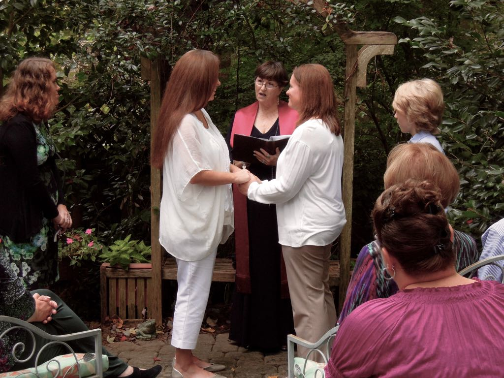 Lisa and Meredith Tie the Knot!