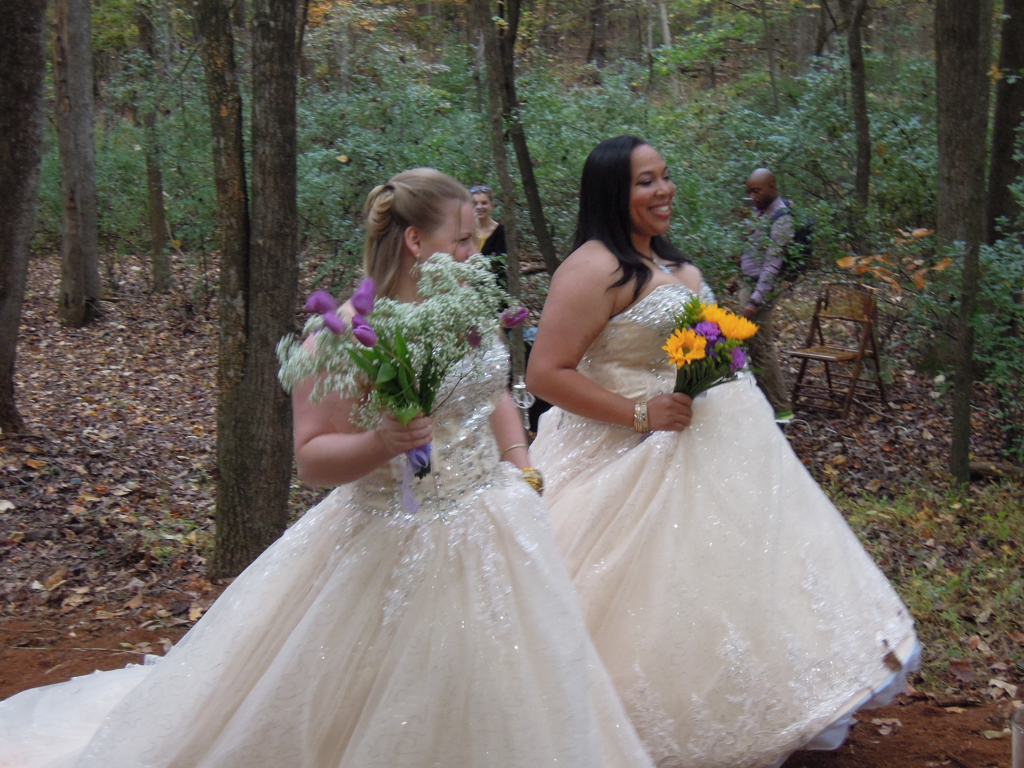 The setting was Het Landaus in Pittsboro, Christina's parents' home and wedding venue.