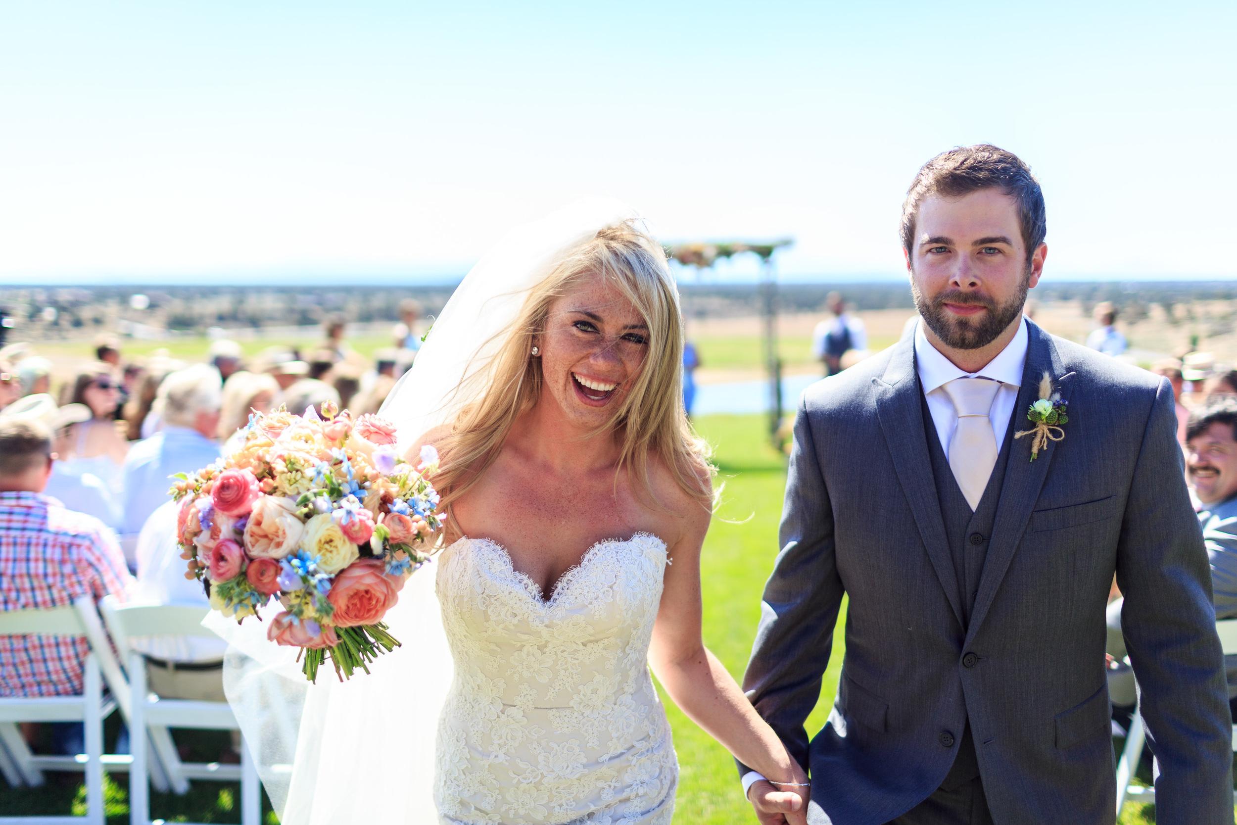 Heirloom Floral Design - Bend Weddings - Flowers to Hold Brasada Ranch -Bridal Bliss- destination wedding july farmer florist-locally grown.jpg