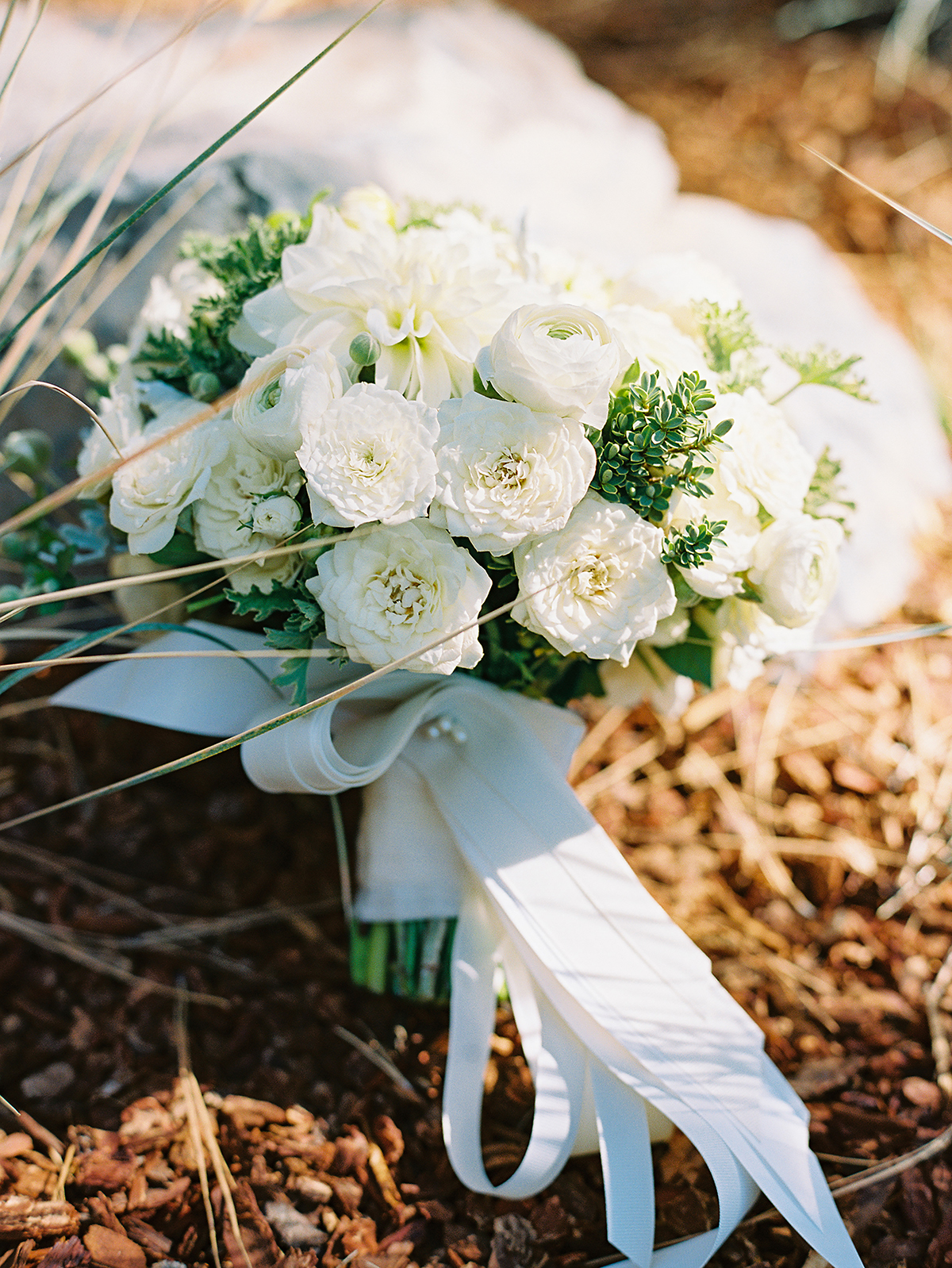 Heirloom Floral Design -  Bend Weddings - Flowers to Hold Private Residence Cline Falls 2.jpg