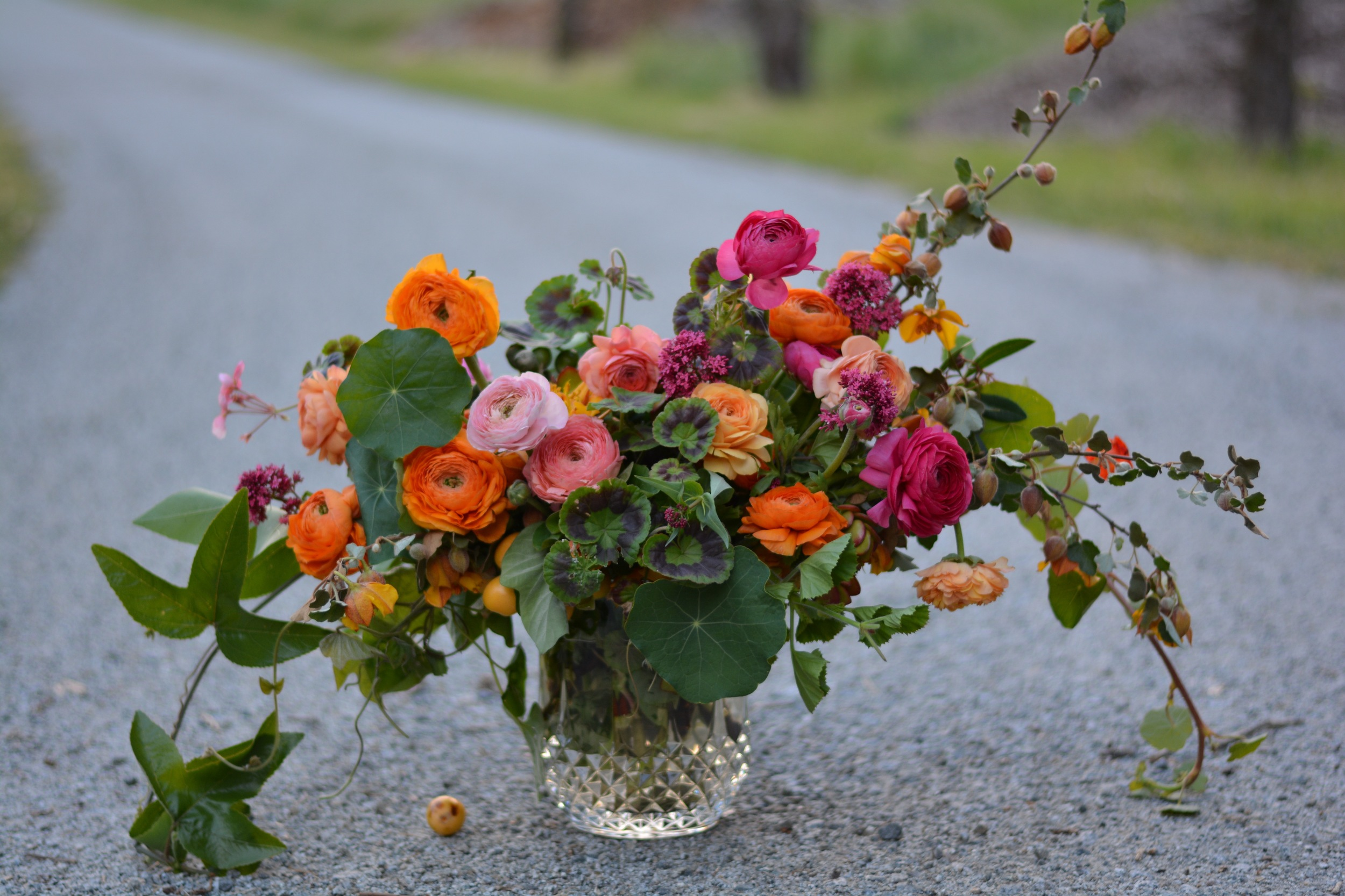 Heirloom Floral Design - Bend Weddings -Farmer florist-Locally grown- Oregon grown-Slow flowers-Centerpieces-seasonal flower allience- santa cruz flowers.jpg