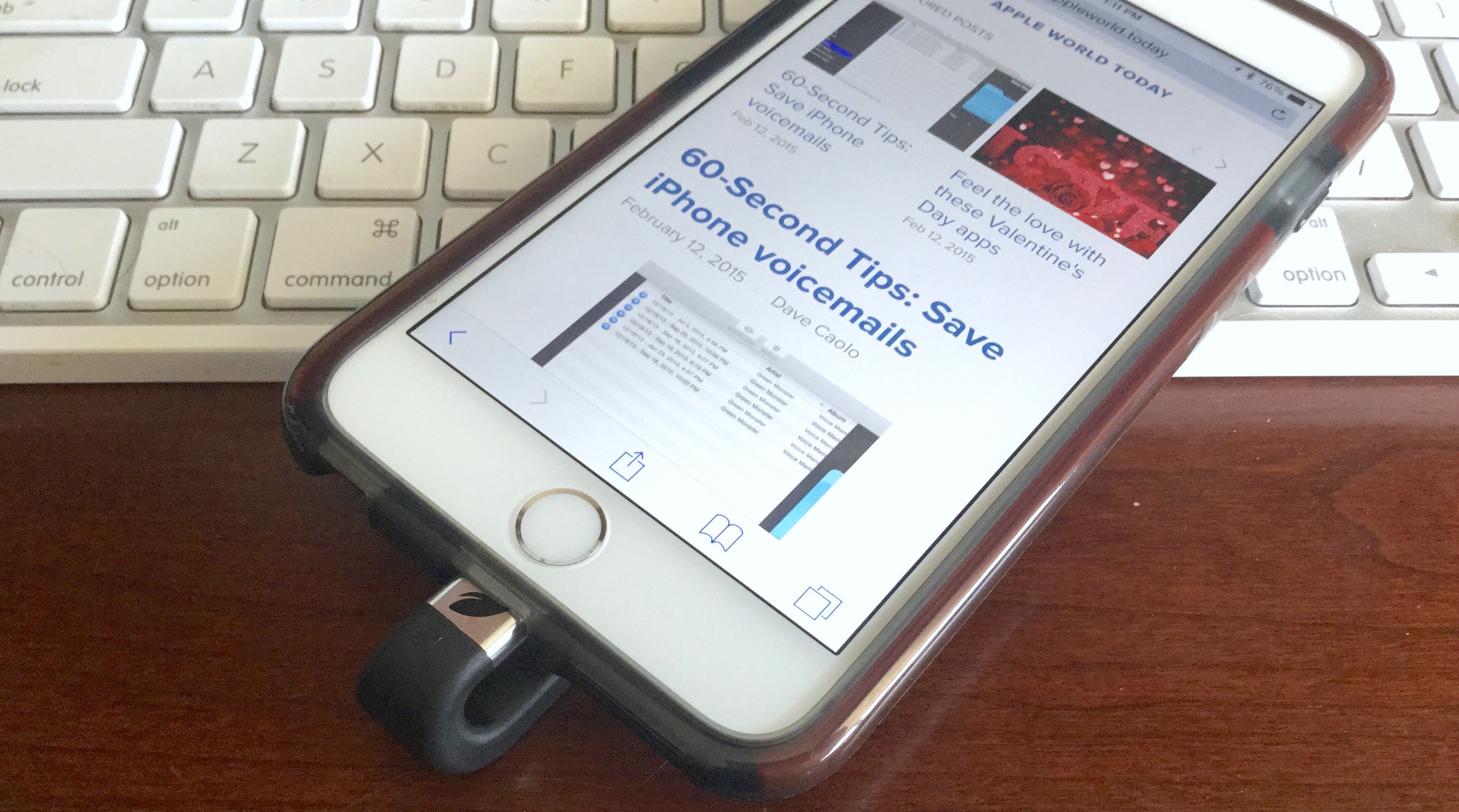 32GB Leef ibridge connected to iphone 6 plus. photo by steven sande, apple world today