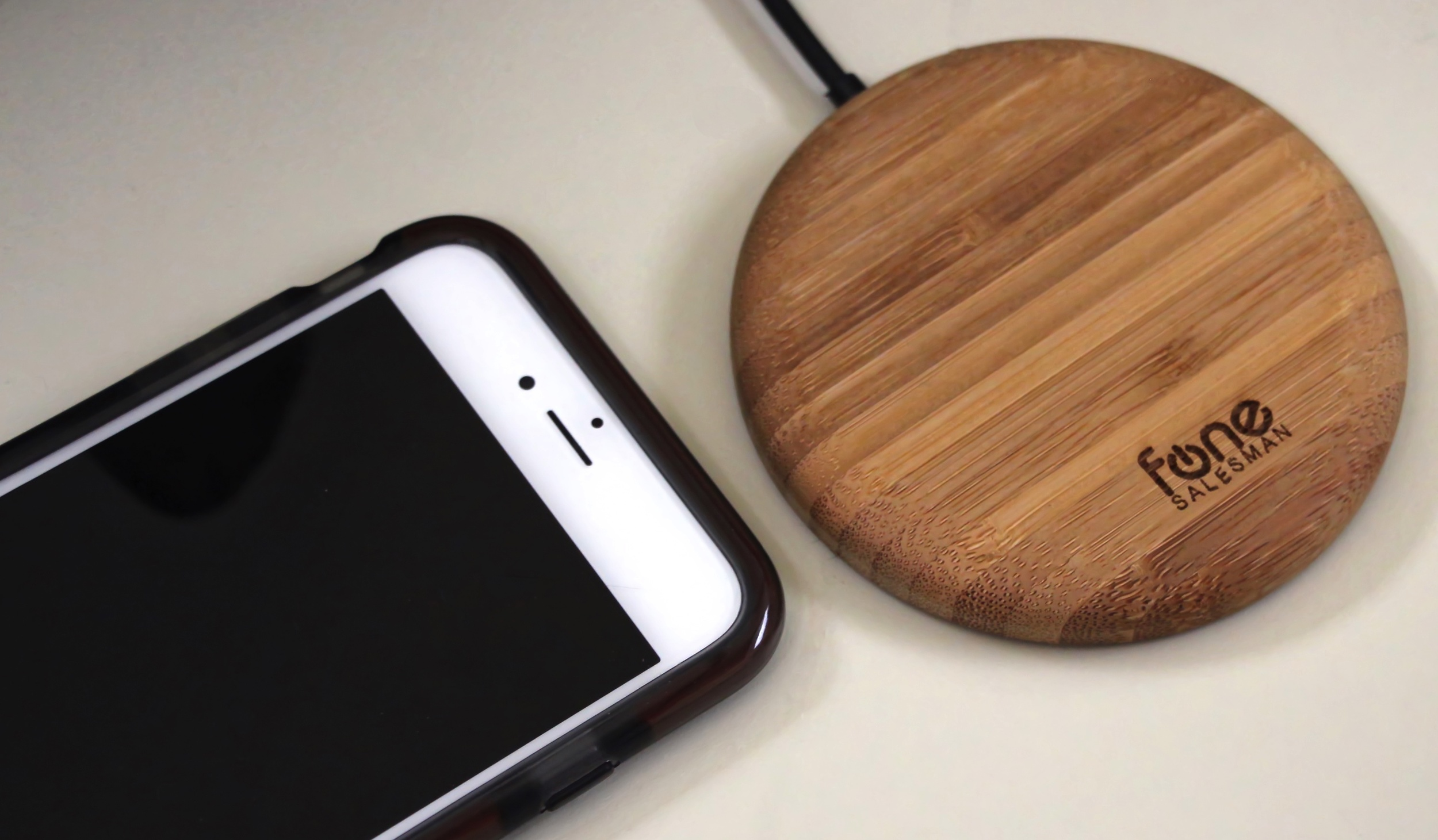 iPhone 6 & Wood Puck Bamboo Edition Qi charger, Photo ©2105 Steven Sande