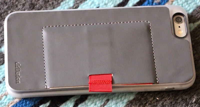 Distilunion wally wallet case for iphone 6 plus. photo ©2015, steven sande. all rights reserved.