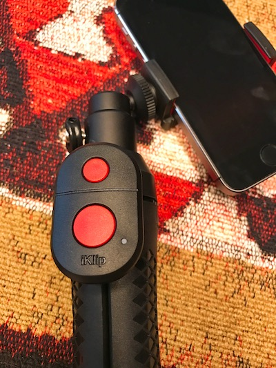 iKlip remote attached to the iKlip Grip Pro. Photo ©2016, Steven Sande