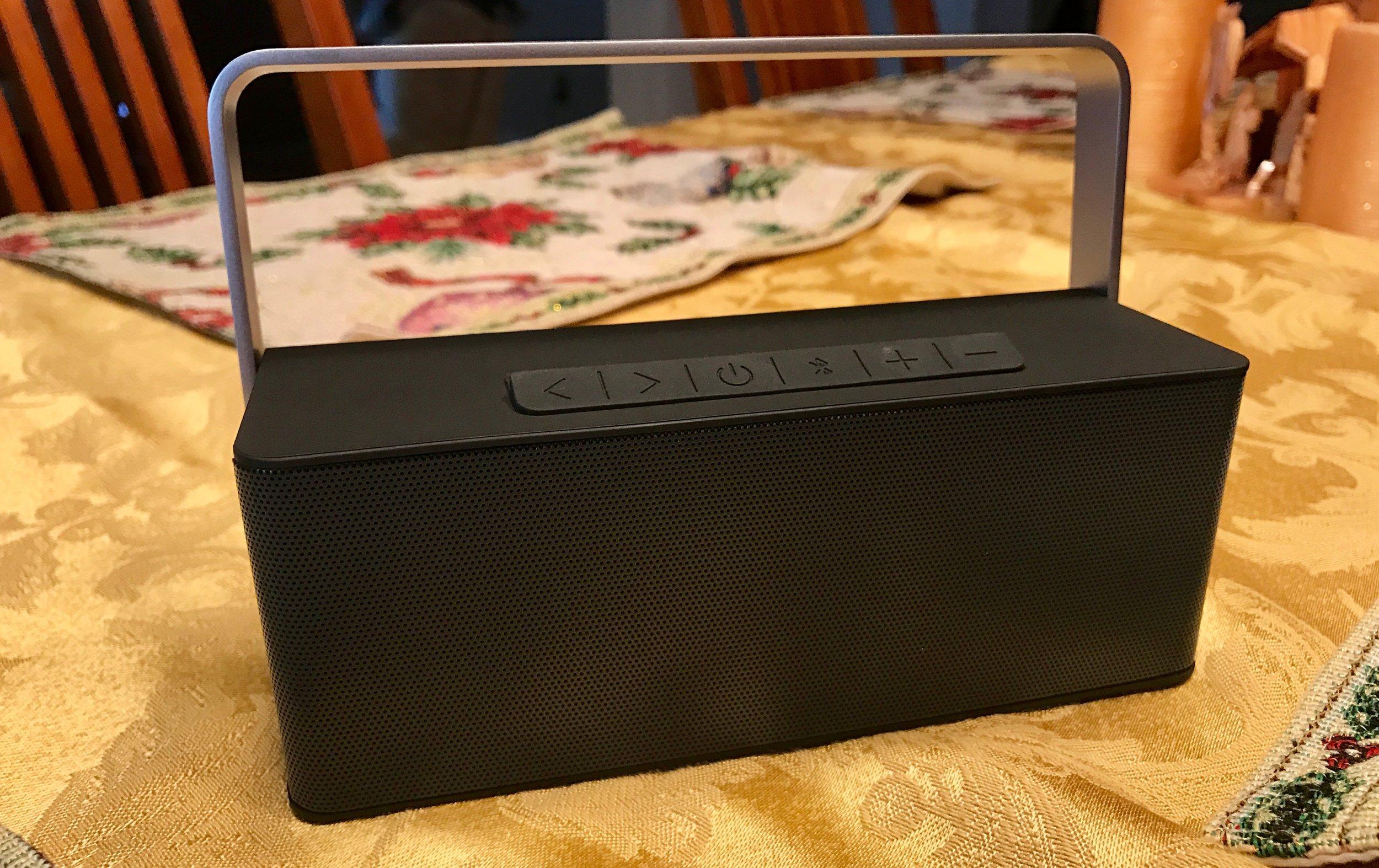 Inateck BP2109 Portable Bluetooth Speaker. Photo ©2016, Steven Sande