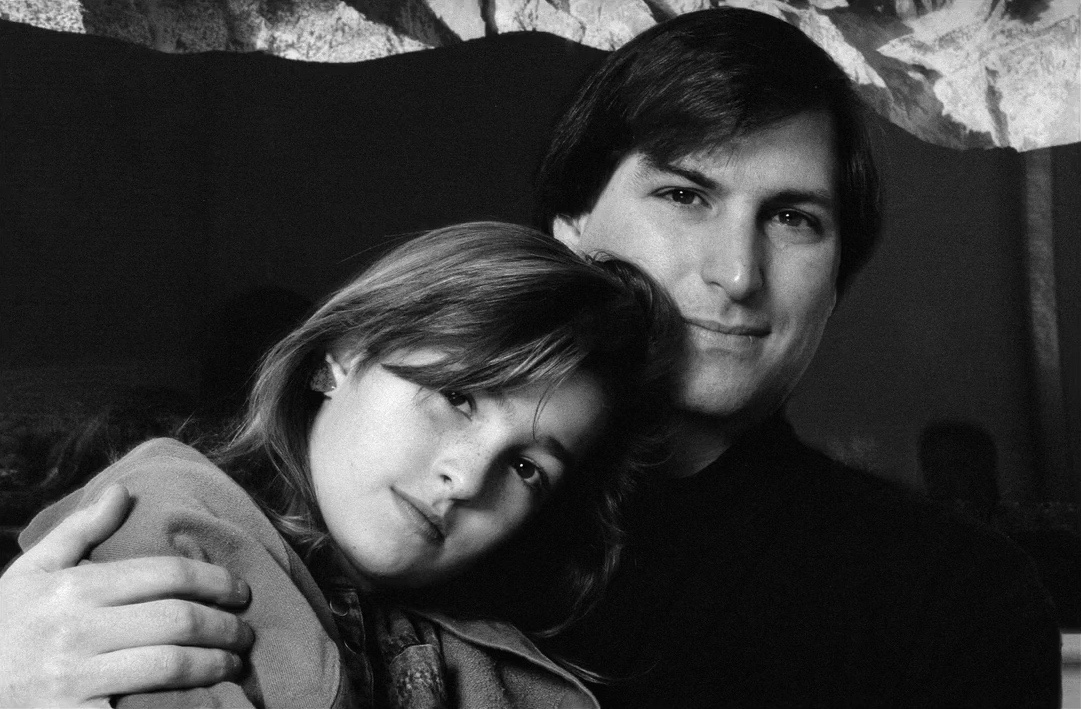 Lisa Brennan-Jobs and Steve Jobs, 1989, photo courtesy of Business Insider