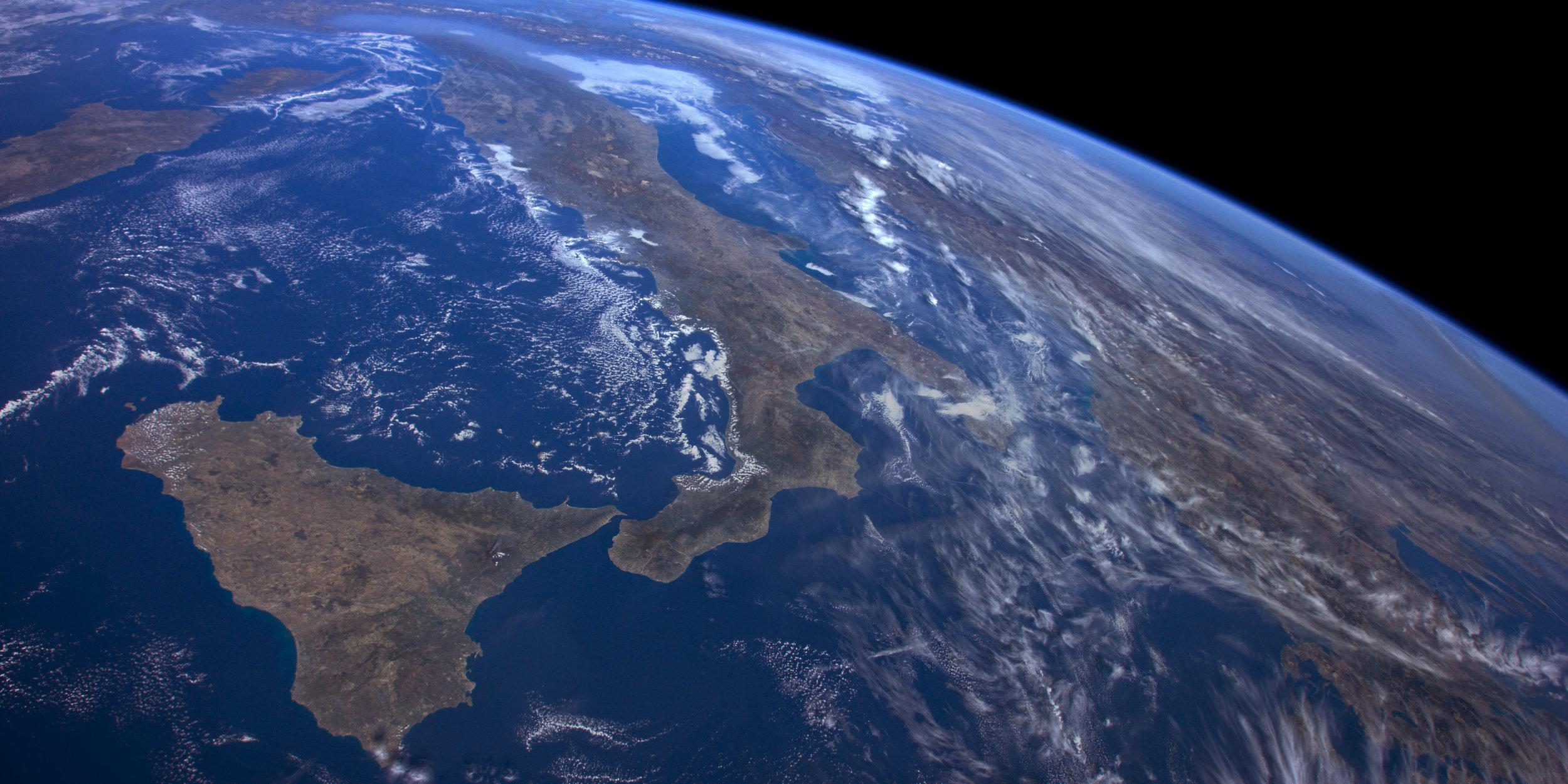 Image of Earth Aerial screensaver via Apple