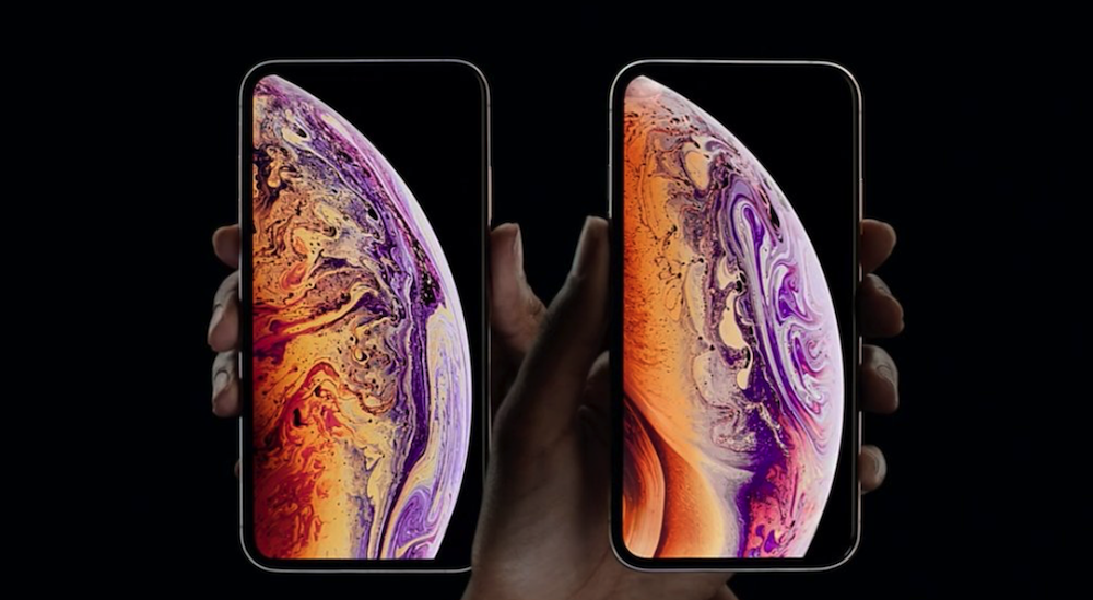 iPhone Xs Max (rear) and iPhone Xs (front - right)