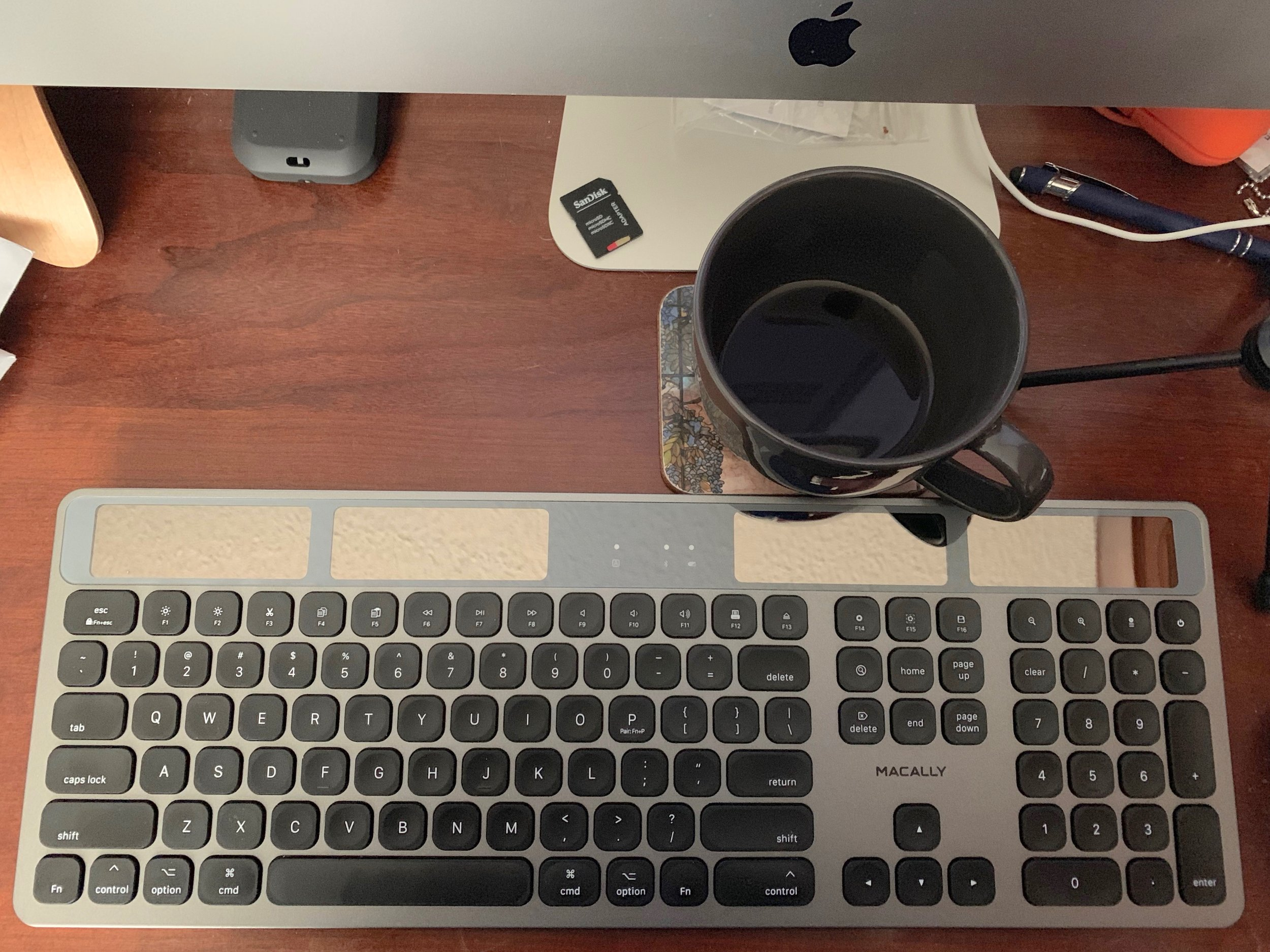 Macally's Solar Rechargeable Slim Bluetooth Keyboard for Mac
