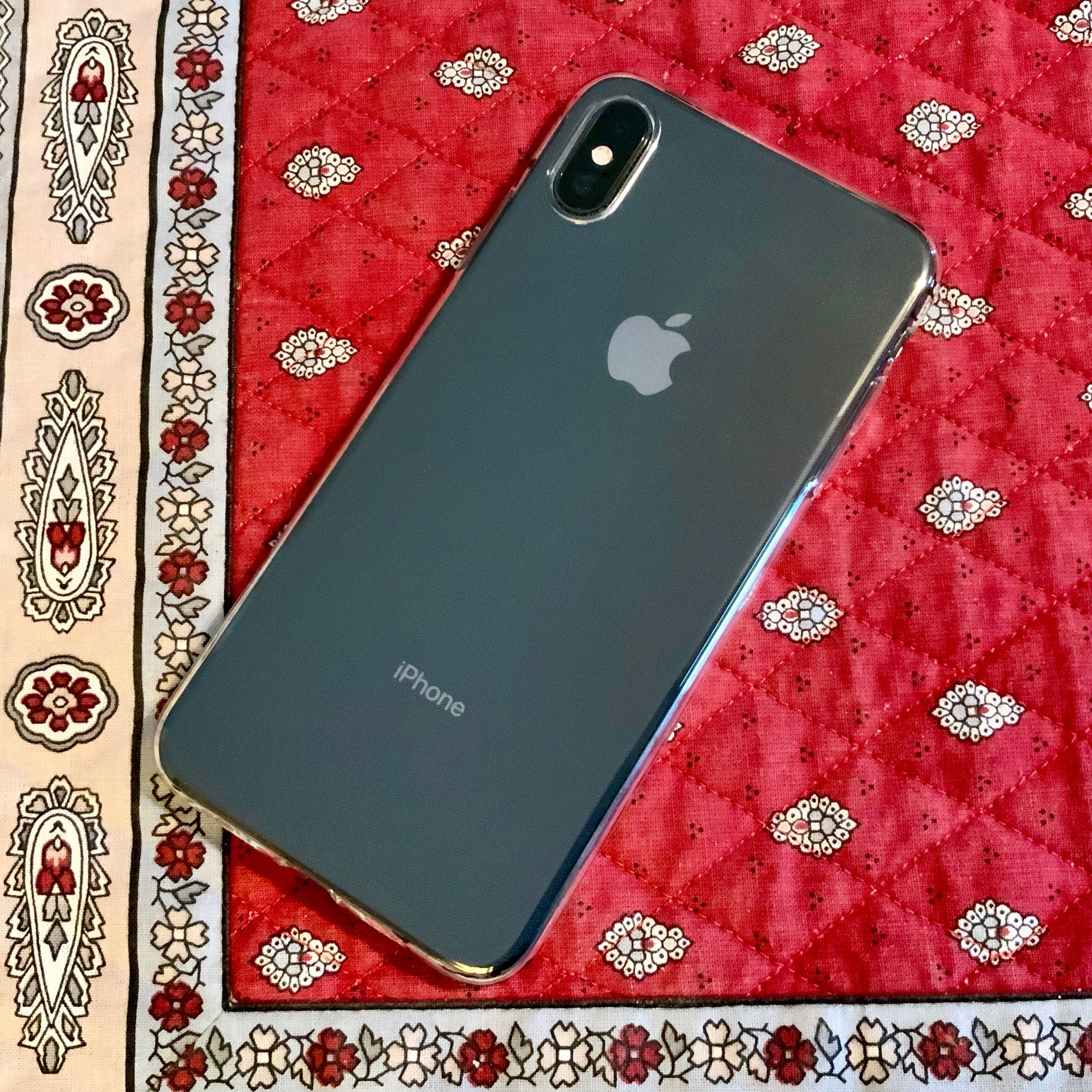 totalee iphone xs case