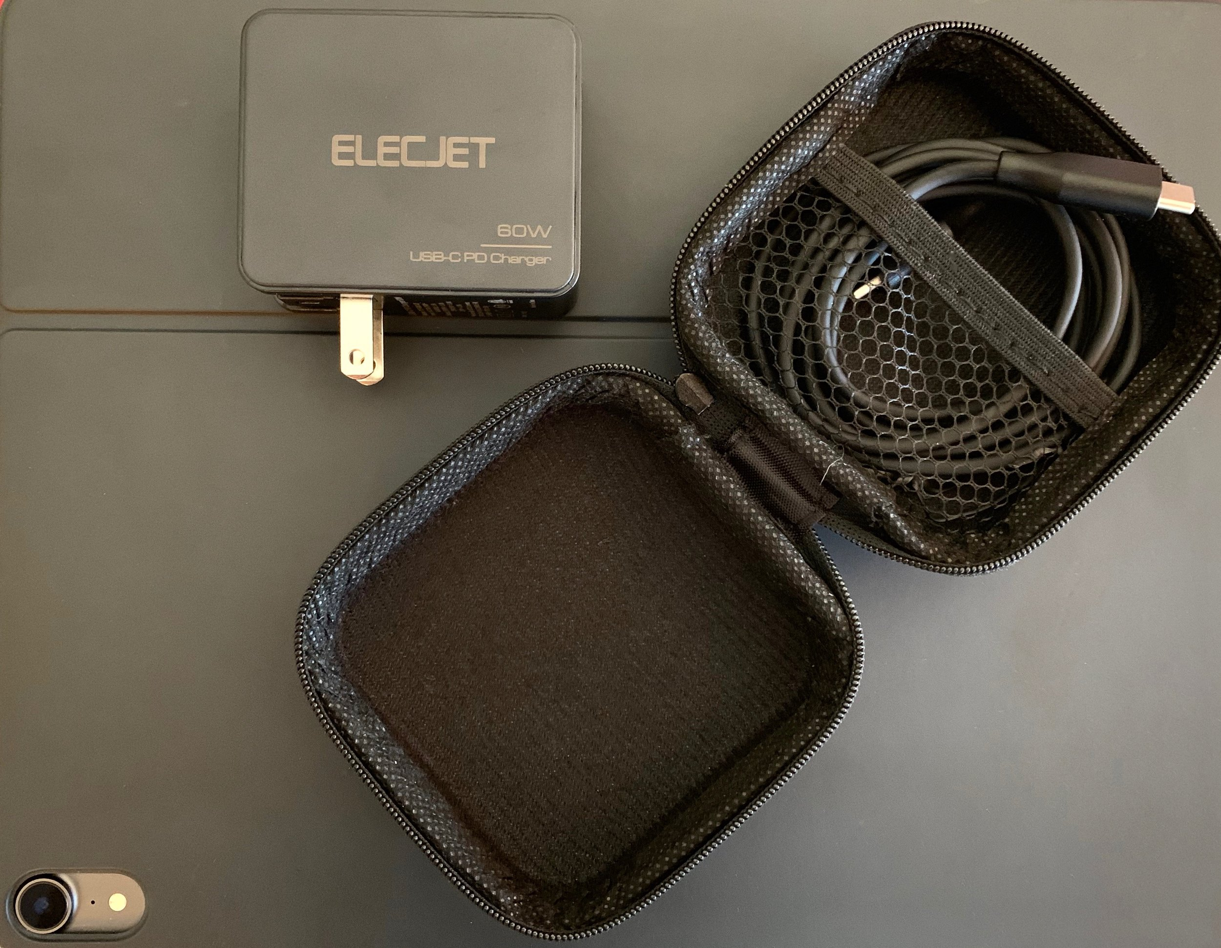 The Elecjet 60W PD USB-C Wall Charger. Photo ©2019, Steven Sande