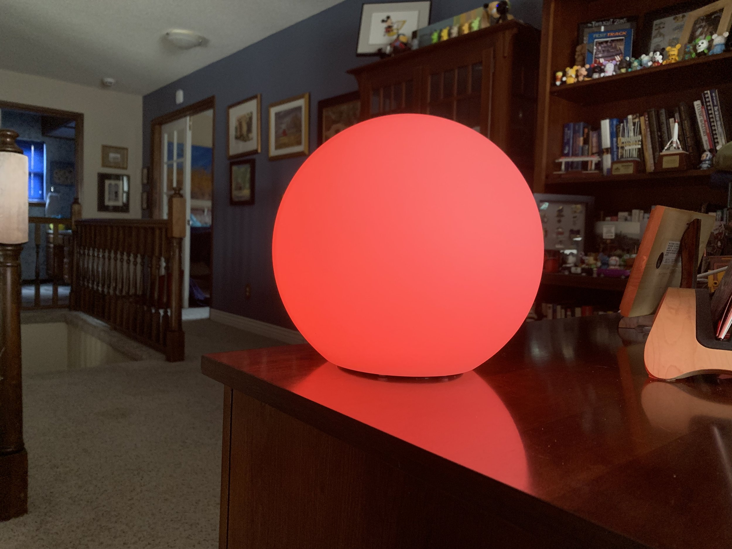 The homekit-compatible Eve flare portable smart led lamp