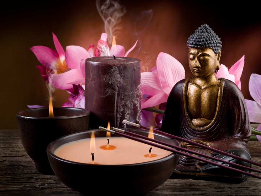 Candles with Budhha