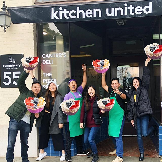 Haters will say it's photoshopped! 😂 Throwback to our team's first day in January at our newest location - Kitchen United in Pasadena! Since then, we've loved meeting all of you who have stopped by, and we're only just beginning! ⁣ ⁣ KU helps us become a more sustainable food company that makes healthy eating more accessible to everyone. Visit us in Pasadena on Monday to Sunday from 11 AM to 6 PM or order us via delivery on @ubereats or @postmates!