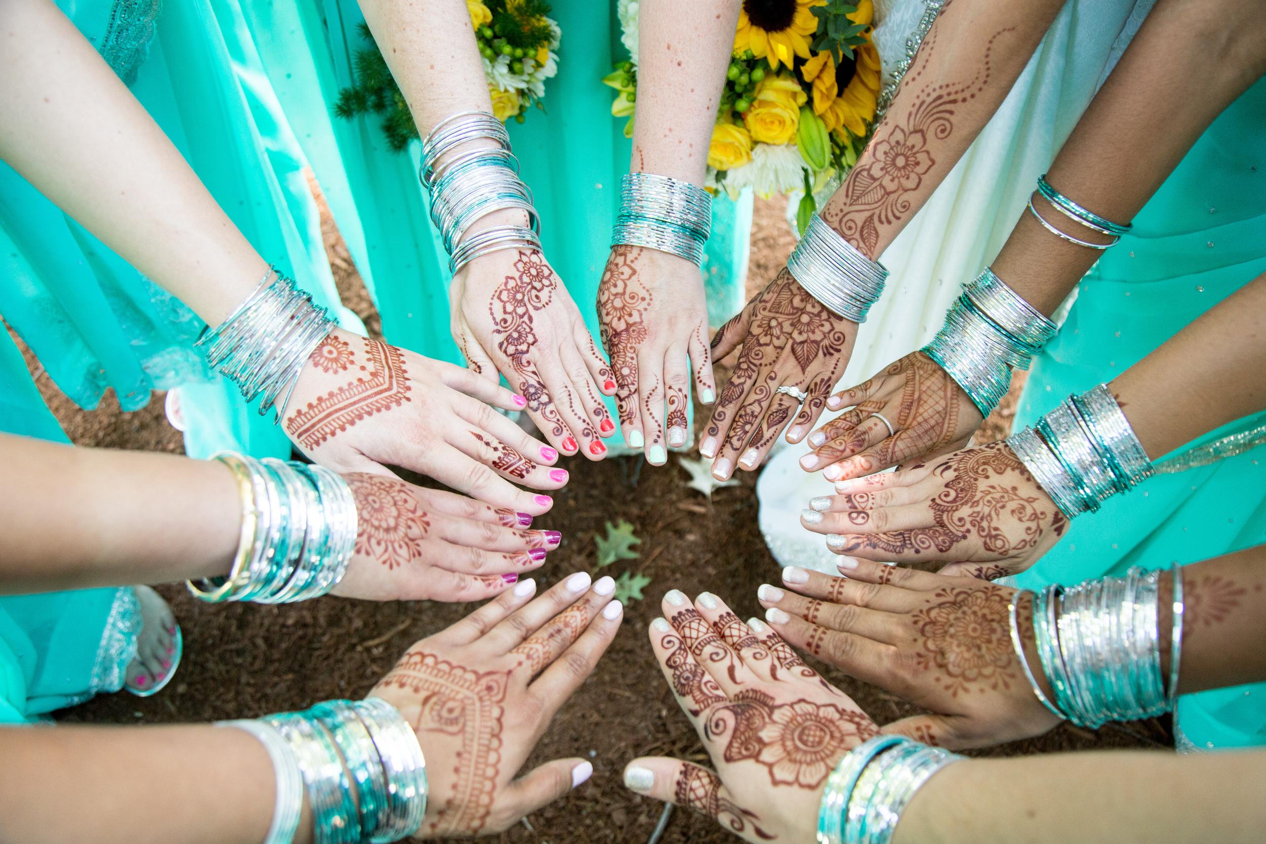 Safiya and her bridesmaids. Photo by  Mariah Gentry Photography