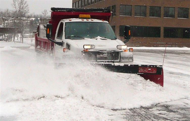 commercial-snow-plowing.jpg