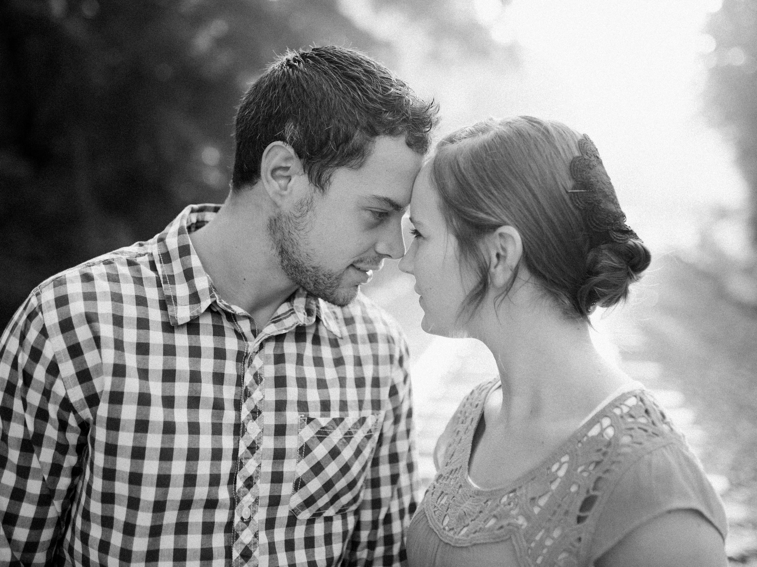 Waylon + Hattie Engaged-4.jpg