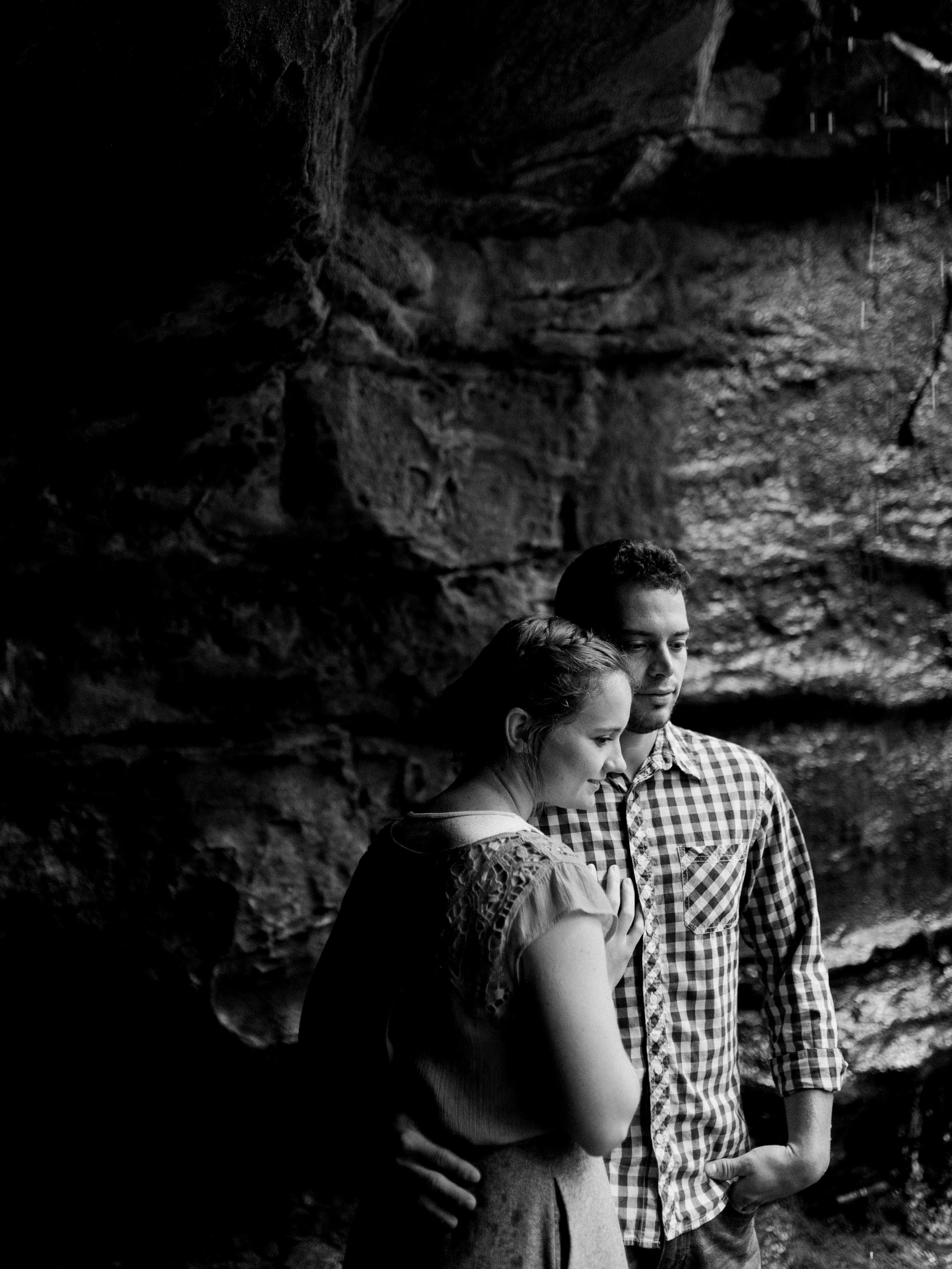 Waylon + Hattie Engaged-85.jpg