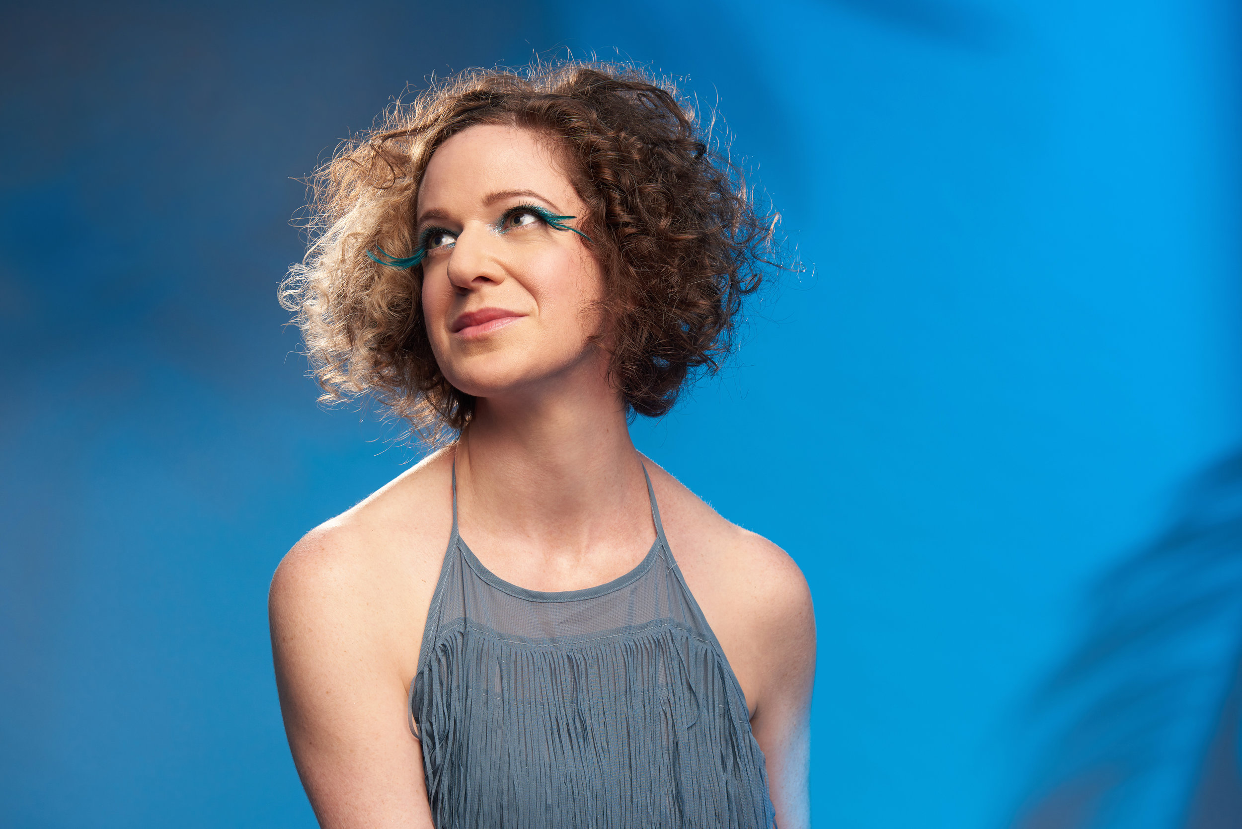 Photo:  JOHN KEON PHOTOGRAPHY  * Hair & Makeup:  ALEXA GOULD MAKEUP