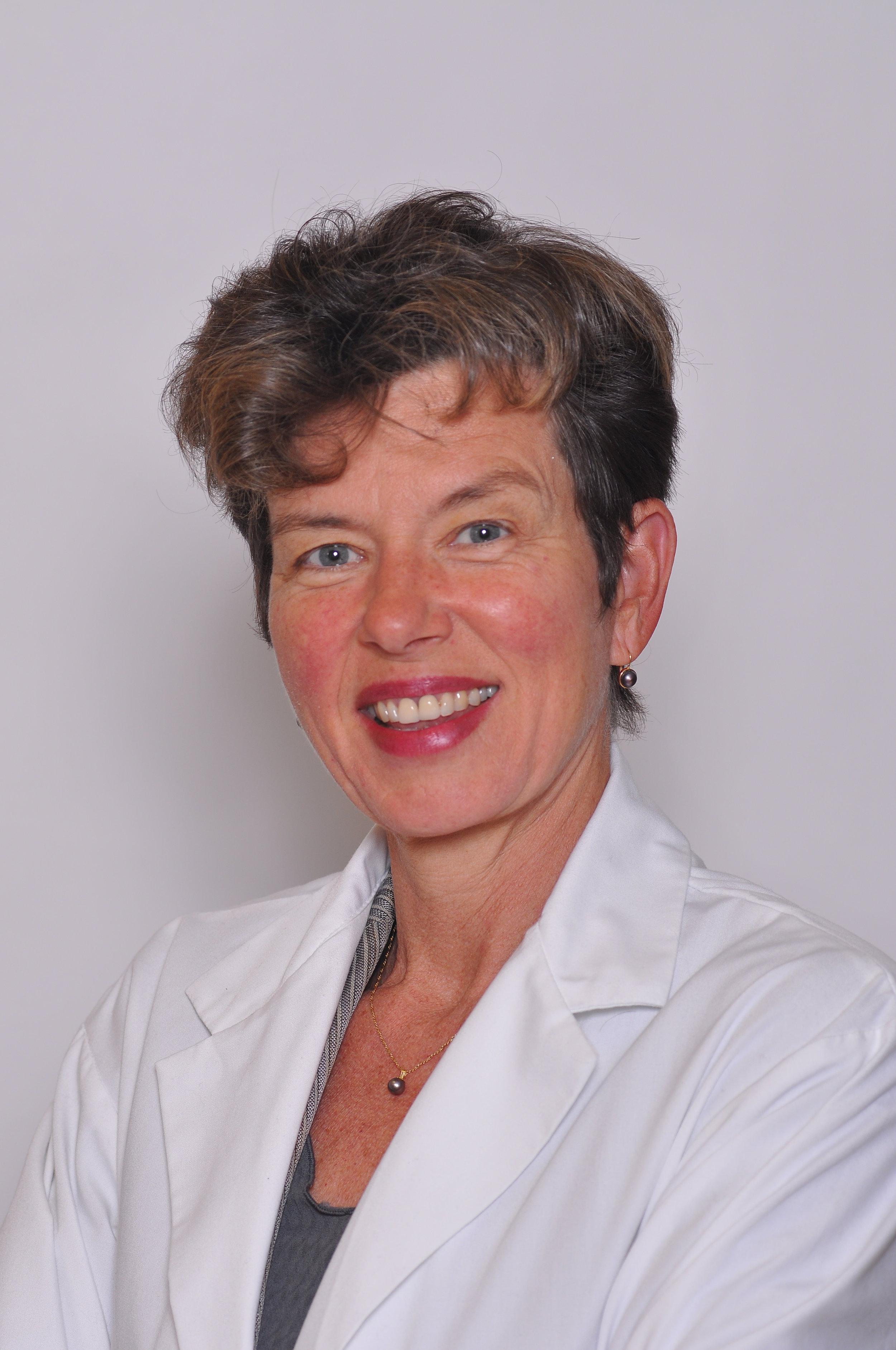 Deborah J. Cook   MSc(McMaster), Critical Care Medicine (Stanford), MD(McMaster) FRCPC DABIM, CAHS, FRS