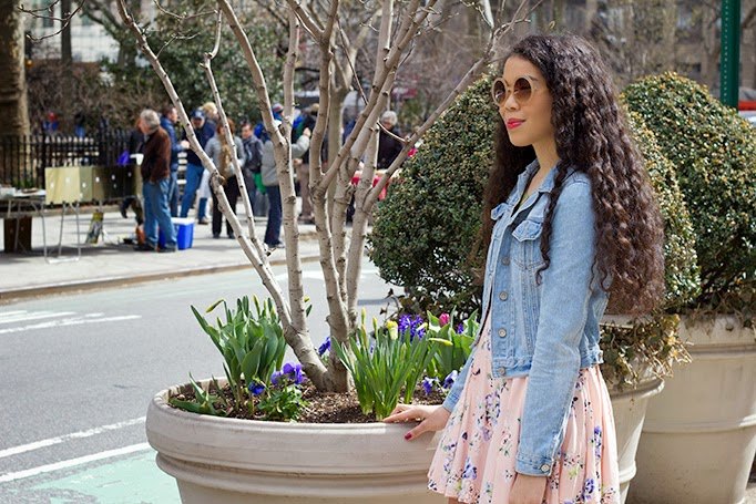 ShanaLuther_thestyleboro_aileenolmedo_charlietote_streetstyle_nyc_fashion_style_blog_florals_spring_summer_dress_howto_0004.jpg