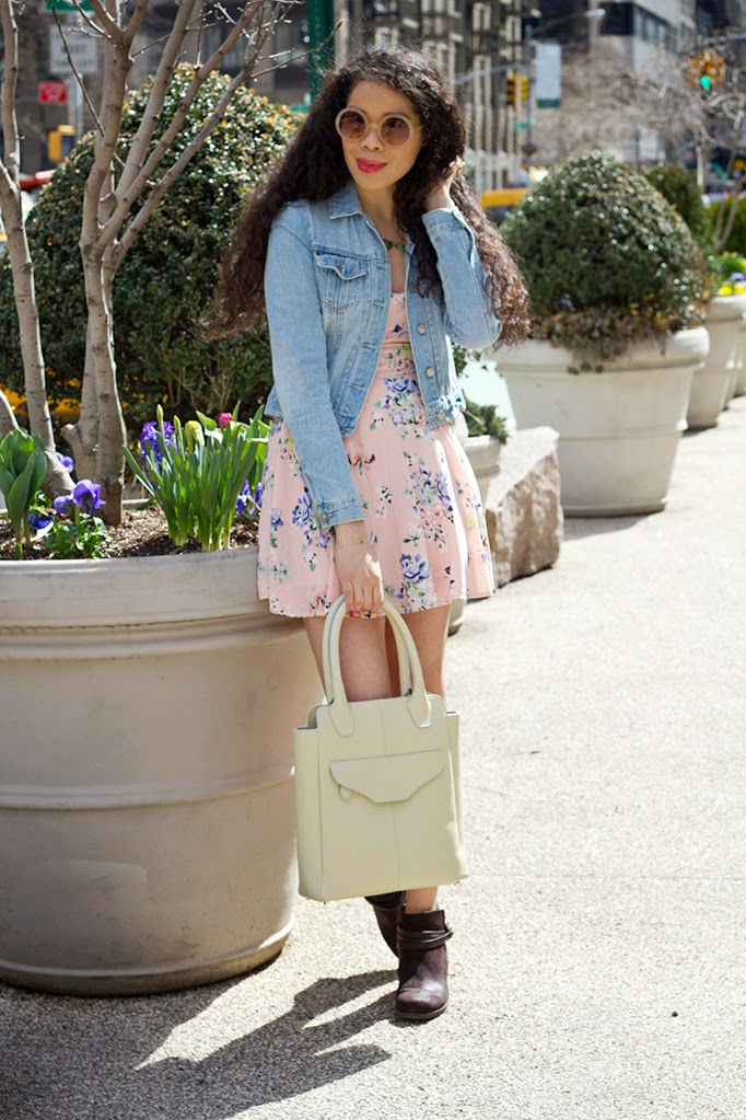 ShanaLuther_thestyleboro_aileenolmedo_charlietote_streetstyle_nyc_fashion_style_blog_florals_spring_summer_dress_howto_0002.jpg
