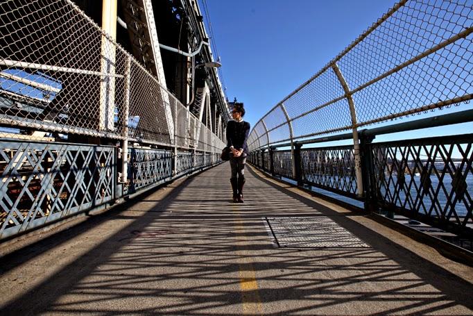 ManhattanBridge-CapwellCo-FallStyle-NYC-Cameo-Leggings-0004.jpg