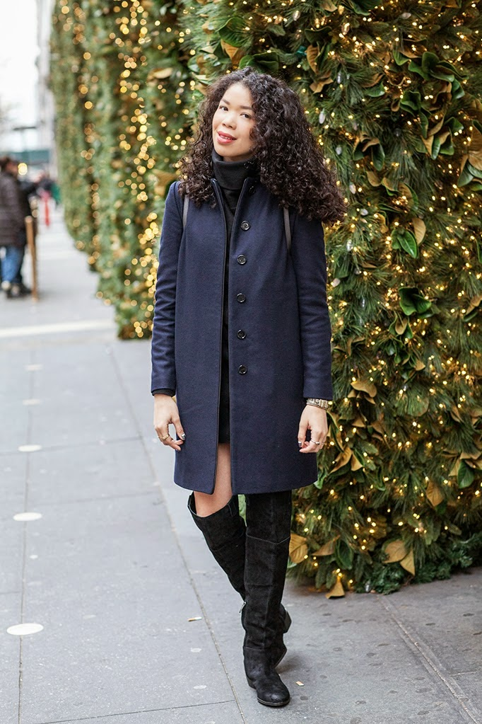 navy-blue-long-winter-wool-coat-outfit-ideas.jpg