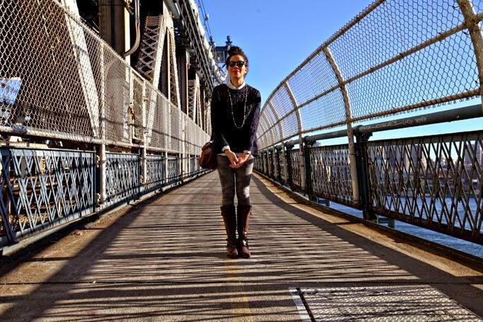 ManhattanBridge-CapwellCo-FallStyle-NYC-Cameo-Leggings-0005.jpg