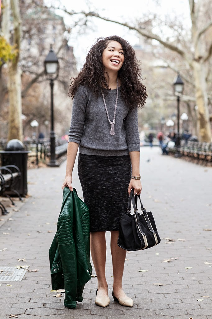 sweater-and-pencil-skirt-outfit-idea.jpg