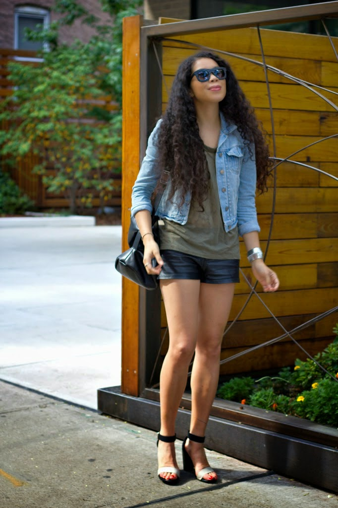 TheStyleBoro_KershClothing_Summer_Outfits_Howto_CreativeOffice_COBIGELOW_HotDateEssentials_0001.jpg