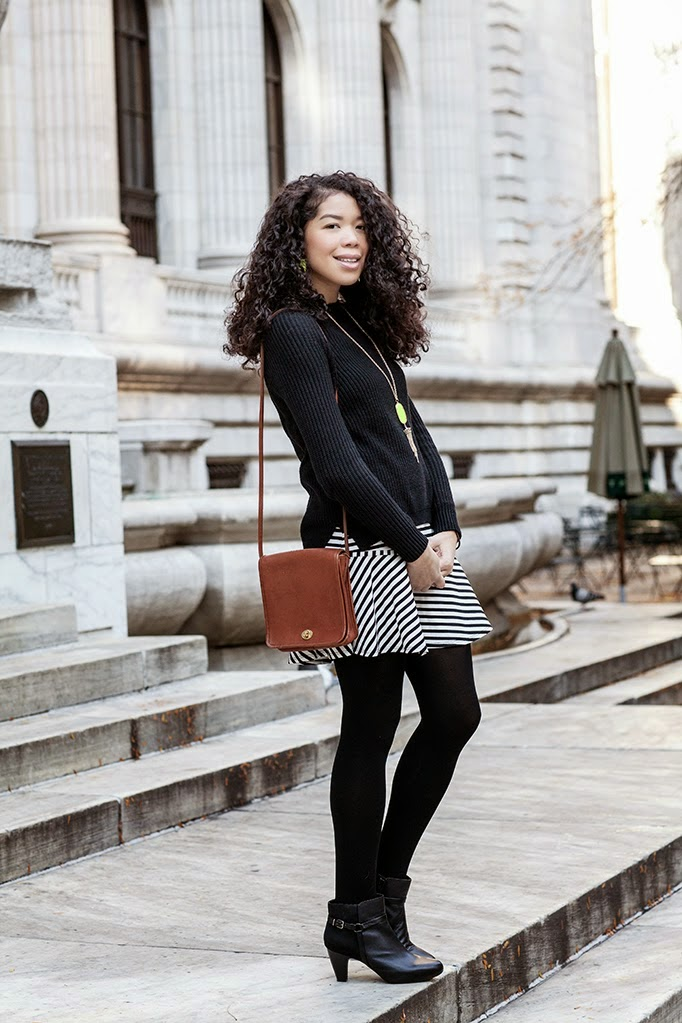 cute-striped-modest-outfit-for-the-office-workplace.jpg