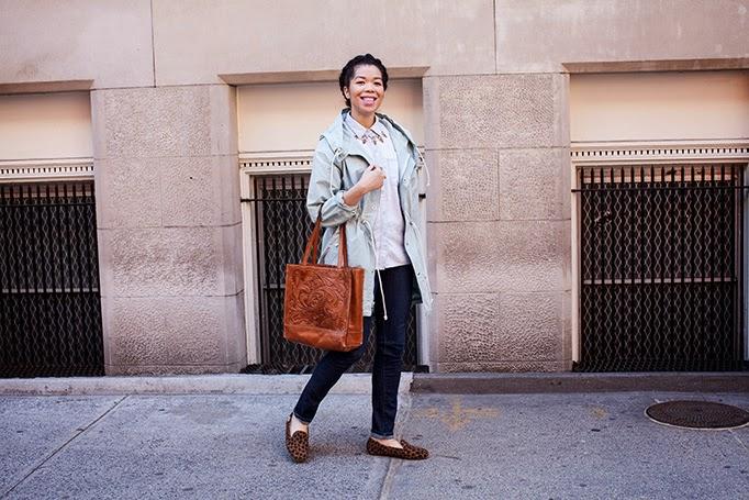 jcrew_raincoat_fishtail_anorak_review_outfit.jpg