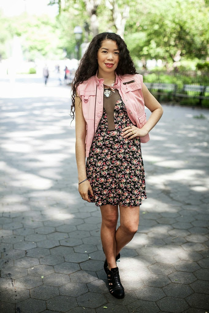 Floral_TheStyleBoro_Dresses_NYC_Streetstyle_pinkbasis_review_fashion_blog_0001.jpg
