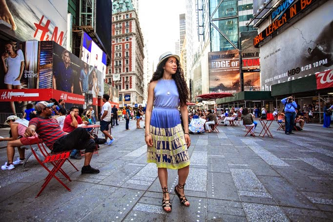 Times_Square_thestyleboro_midi_dress_nyc_streetstyle_gypsy05_aritzia_Madewell_sightseer_sandal_la_soula_spring_summer_fashion_0006.jpg