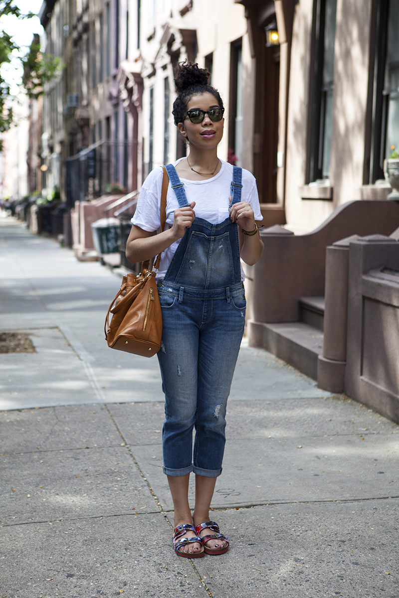 how_to_wear_overalls.jpg
