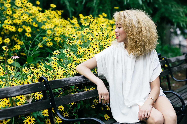 best_platinum_blonde_curly_hair_inspiration.jpg